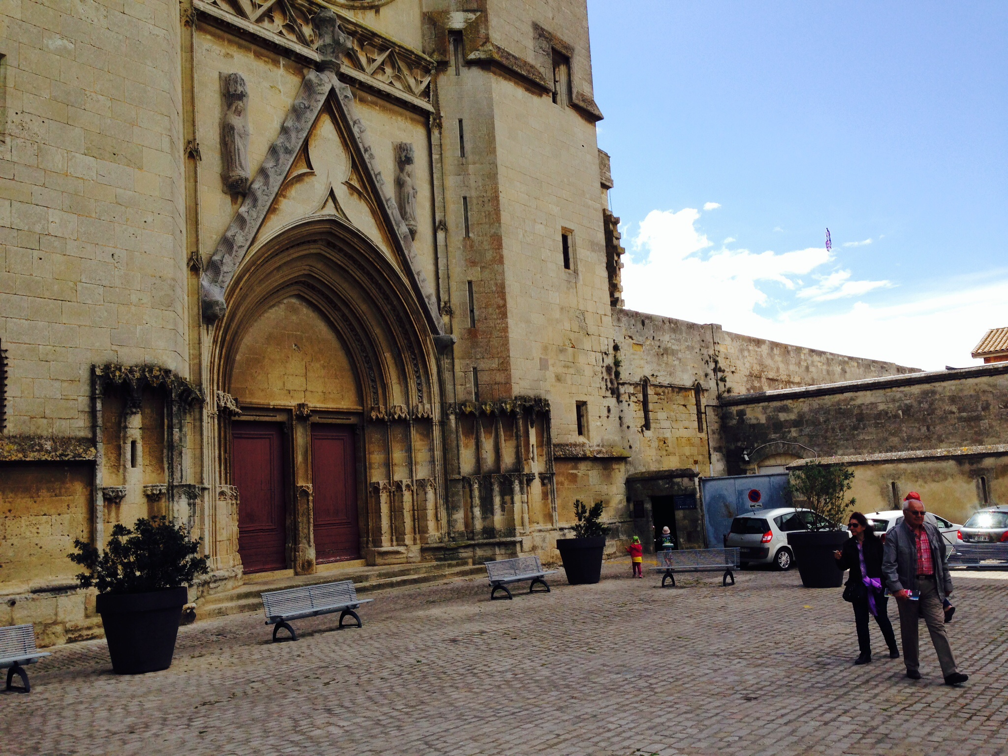 In And Out Beziers beziers cathedral | wilke blog